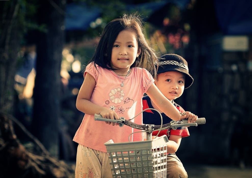 How The Montessori Method Can Help Sibling Rivalries At Home
